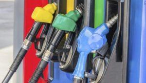 Disminuyen los precios de la mayoría de los combustibles