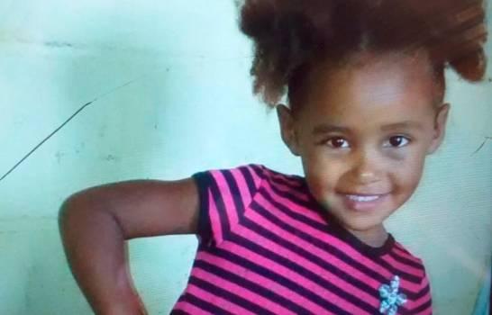 Aparece cadaver de niña desaparecida en Santiago