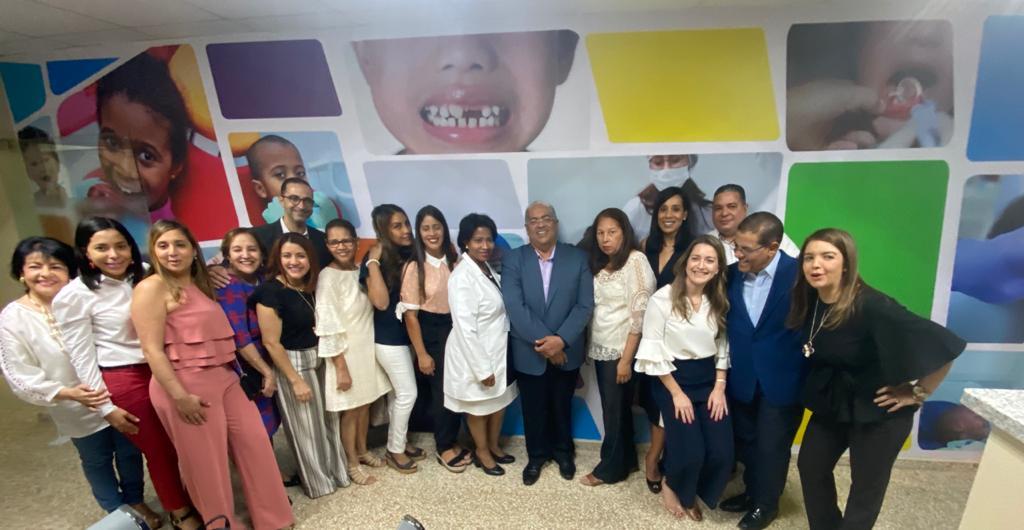 SNS entrega área de salud bucal del hospital Robert Reid Cabral