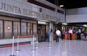 Presidente de la JC de Santiago reporta robo de recursos para elecciones