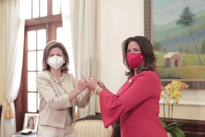 Vicepresidenta electa Raquel Peña se reune con Margarita Cedeño
