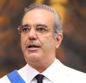 Luis Abinader declaró sus bienes estimados en 70 millones de dolares