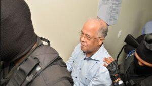 Ex director de la OMSA en libertad traqs pagar 4 millones de pesos