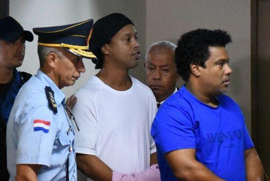 El 24 de agosto será audiencia en la que Ronaldinho podría salir en libertad