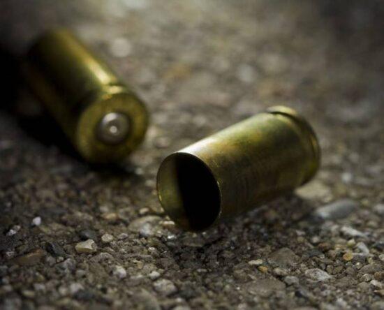 Hombre es asesinado de varios disparos por desconocidos