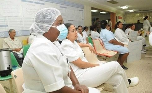 1,500 enfermeras serán contratadas para hacer frente a la pandemia
