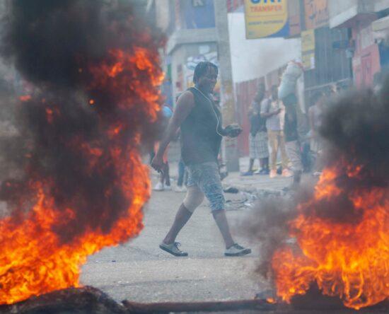 Estudiantes en Haití protestan en contra de la inseguridad