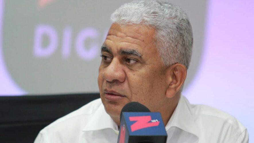 Senador Ricardod e los Santos da positivo al Covid