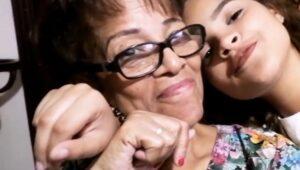 Jóven solicita ayuda para costear gastos médicos de su abuela con cáncer de páncreas