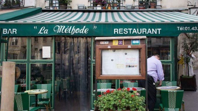 En París cierran bares y otros negocios para frenar el Covid