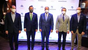 Banreservas y Medio ambiente acuerdan liberar tres manatíes