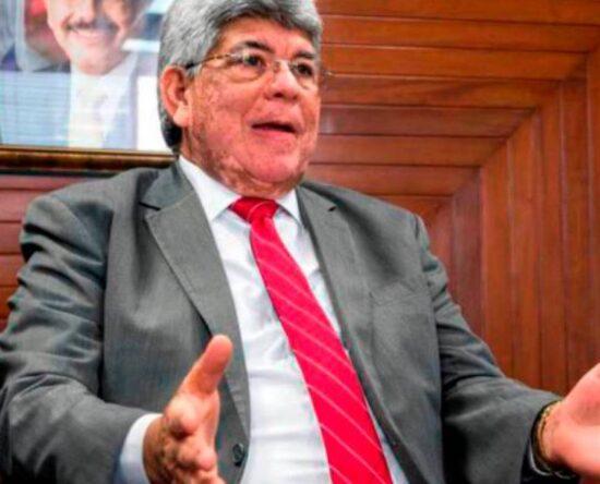 Expresidente del Fonper asegura ser hipertenso tras ser detenido