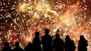Infectólogo sugiere aplazar fiestas navideñas por incremento de Covid
