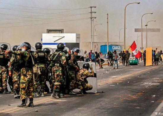 Cuatro muertos tras protestas en Perú