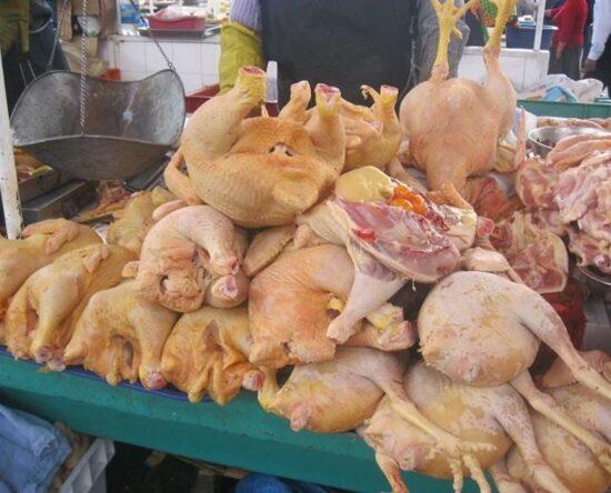 INESPRE venderá pollo entero a $125 para abaratar costo actual