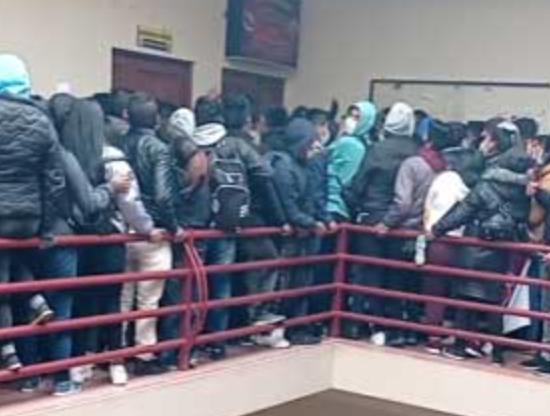 Cinco estudiantes mueren tras caer de un cuarto piso en Bolivia