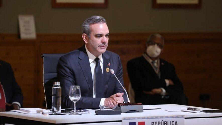 Presidente ofrecerá rueda de prensa en el AILA tras regresar de España