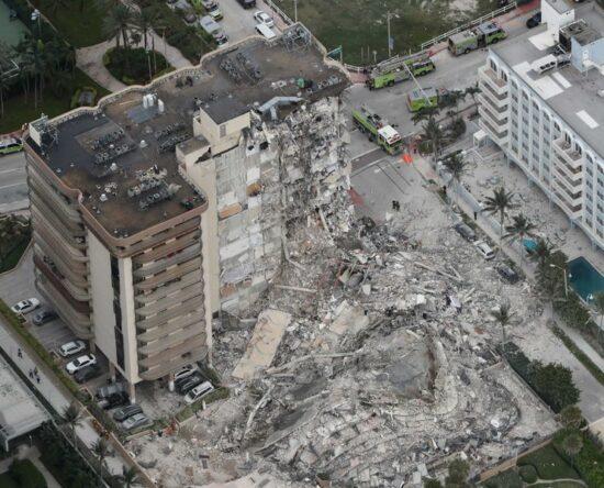 Aumentan a 4 los fallecidos en colapso de Miami