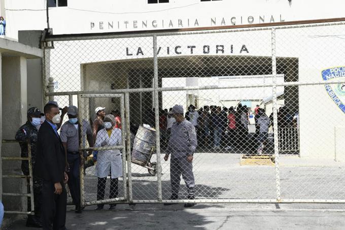 Detienen visitas a reclusos en las prisiones por casos de Covid-19