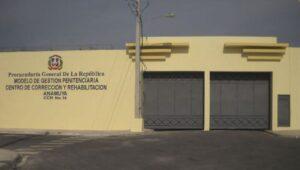 Un muerto y dos heridos tras riña en penitenciario de Higüey